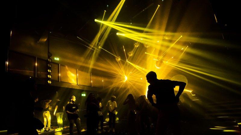 Les clubs et boîtes de nuit doivent tenir des listes de présence. (Illustration)