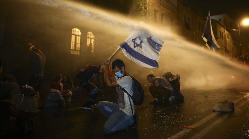 Israël: des milliers de personnes manifestent contre le gouvernement à Jérusalem et Tel-Aviv