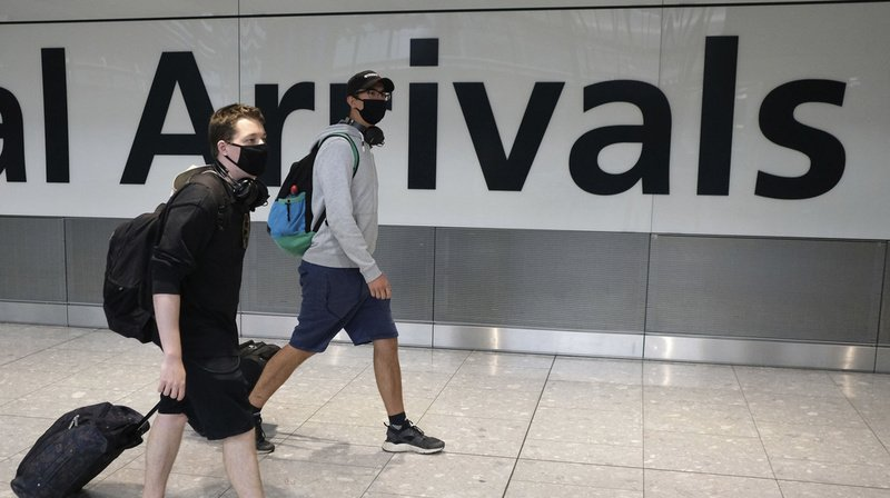 Coronavirus: le Royaume-Uni réimpose une quarantaine aux voyageurs qui proviennent de France