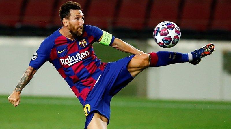 Lionel Messi a permis au ballon de frapper le poteau intérieur avant de rentrer pour le 2-0 à la 23e.