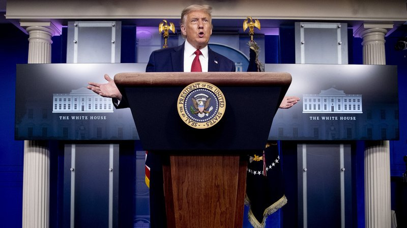 Etats-Unis: une conférence de Donald Trump interrompue par des tirs