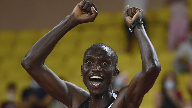 Athlétisme: le record du monde du 5000 m battu à Monaco