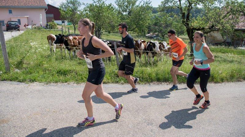 Les participants à Cressier-Chaumont peuvent choisir entre deux parcours.