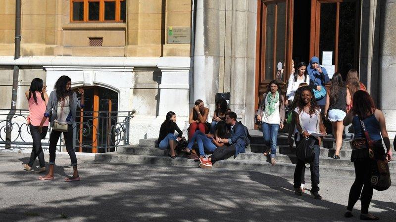 Canton de Neuchâtel: l'option économie et droit cartonne au lycée