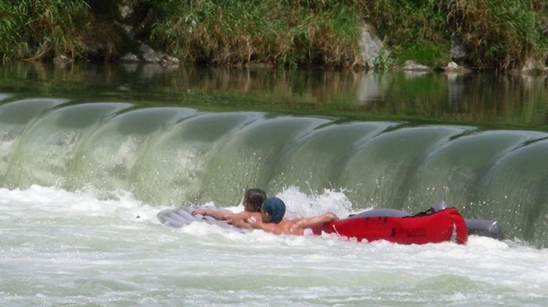 Un quadragénaire se noie dans une rivière près d'Opfikon (ZH)