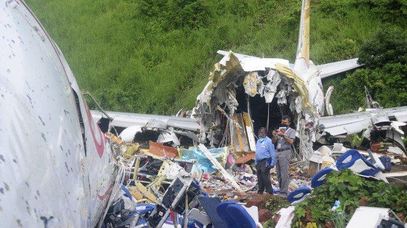 Accident d'avion en Inde: le bilan monte à 18 morts et plus de 120 blessés