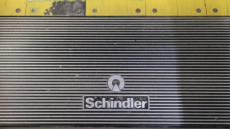 Le groupe Schindler, qui a vu sa rentabilité écornée au premier semestre par le coronavirus, a annoncé la suppression de 2000 postes au cours des deux prochaines années pour réduire ses coûts.