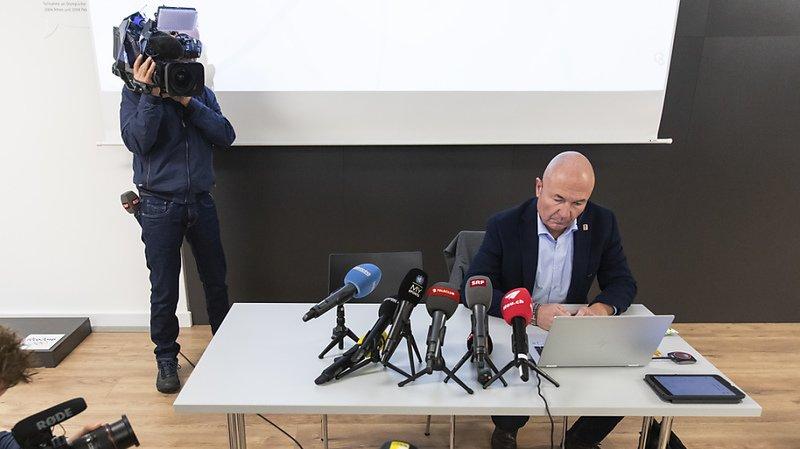 Denis Vaucher, le directeur de la National League et de la Swiss League, a exprimé la colère des clubs avec la limitation à 1000 spectateurs par match.