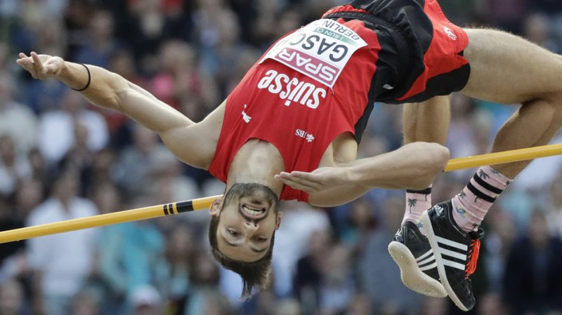 Loïc Gasch pointe à un centimètre du record de Suisse.