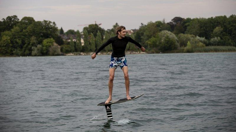 Le foil, cette aile qui révolutionne le monde de la glisse sur le lac de Neuchâtel