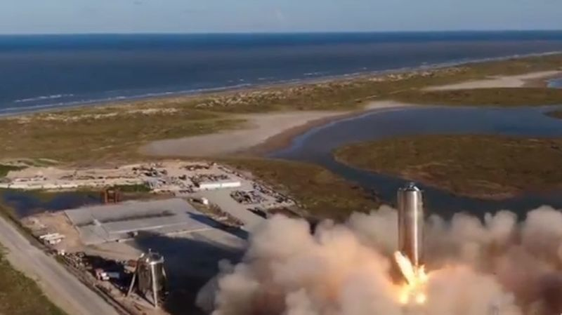 SpaceXfait voler un nouveau prototype de sa future fusée pour Mars