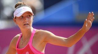 Tennis – Tournoi WTA de Prague: Leonie Küng mène mais est stoppée par la nuit