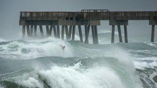 En images: l'ouragan Isaias frappe la côte Est des Etats-Unis