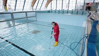 L'an dernier, les piscines neuchâteloises peinaient à mettre leur eau de javel en conformité