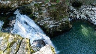 Les Brenets: la chute du Saut-du-Doubs, haute de 27 mètres, ne coule plus
