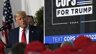 Présidentielle américaine: depuis son club de golf, Trump croit à la victoire
