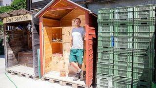 Commerce local: à Valangin, les pendulaires peuvent s'arrêter à la Borcarderie pour retirer les produits commandés en ligne