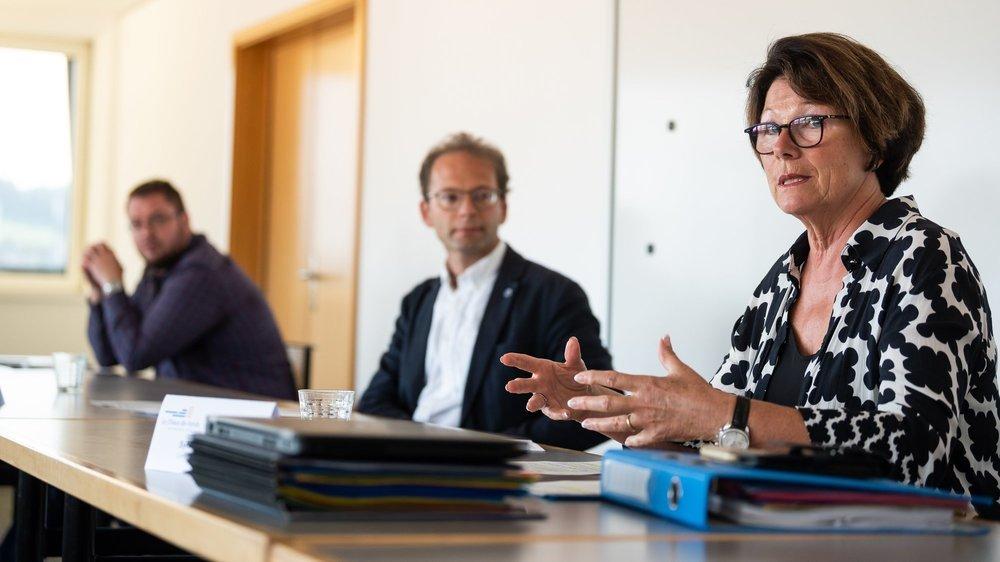 La conseillère communale chaux-de-fonnière Sylvia Morel détaille l'étude complémentaire mandatée par le Conseil communal sur la péréquation fédérale.