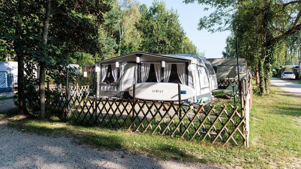 Les locataires du camping de La Tène obtiennent un répit avec le report de la demande de cession au TCS.  Marin, le 17 septembre 2020 Photo: Lucas Vuitel