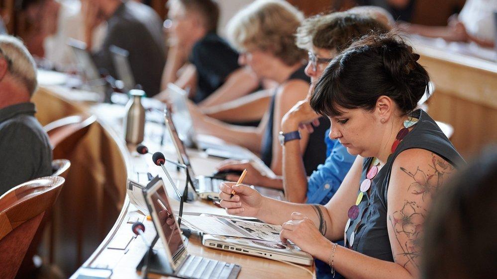 Le Grand Conseil neuchâtelois compte actuellement 39 femmes sur 115 membres.