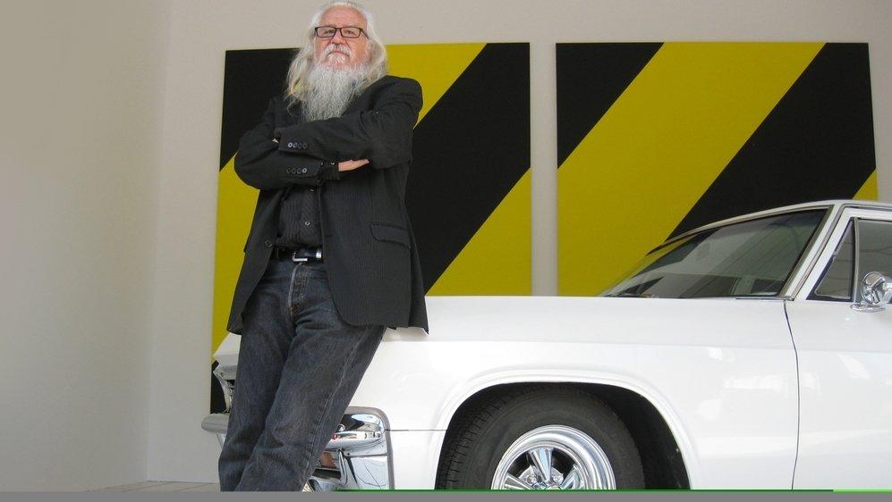 Olivier Mosset érige sa Chevrolet Bel Air customisée de 1965 en objet d'art (exposition au FRAC de Bourgogne en 2014).