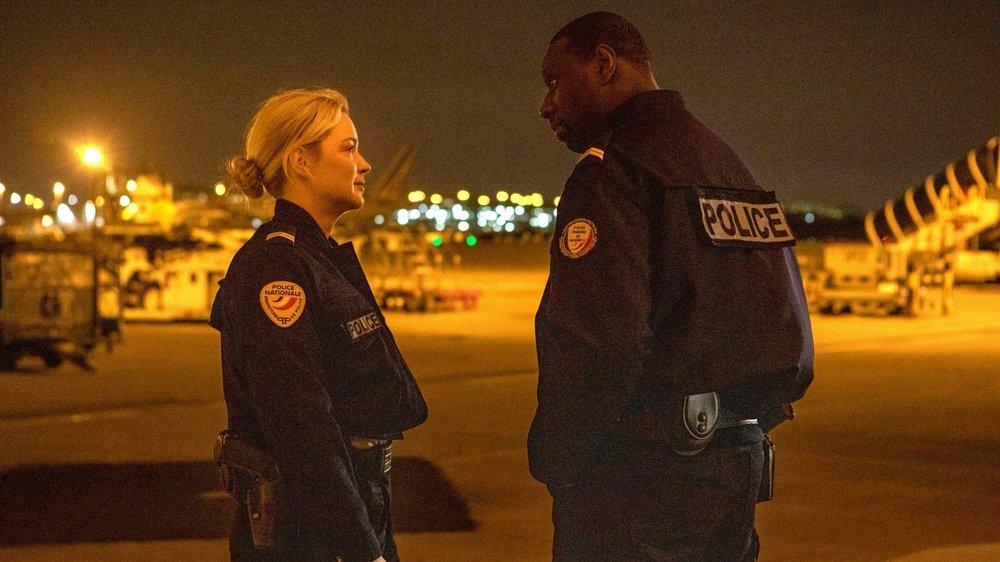 Virginie Efira et Omar Sy, deux flics confrontés à une lourde mission.