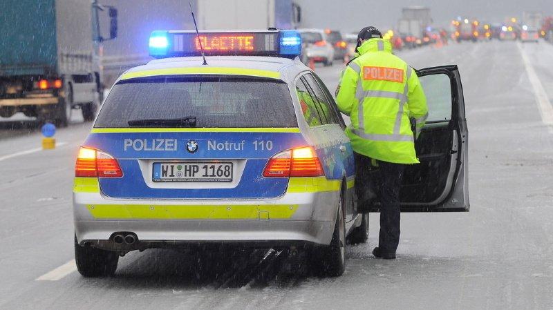 La police de Pforzheim a arrêté les deux chauffards, qui se livraient à une course sur l'autoroute. (illustration)