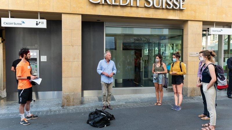 Fernand Cuche (au centre) a apporté son soutien aux militants.