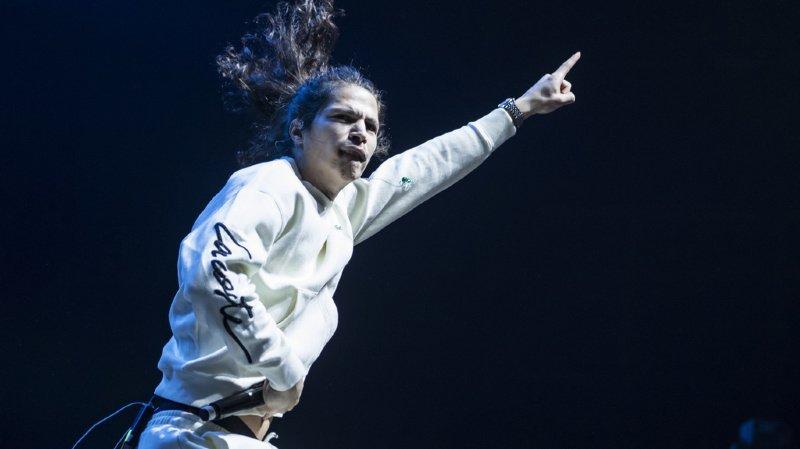 """Le rappeur francais Moha La Squale, de son vrai nom Mohamed Bellahmed, chante lors de la troisieme edition de """"The Beat Festival"""" à l'Aréna de Genève en janvier 2019."""