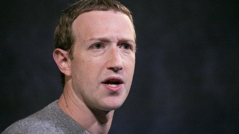 Facebook brandit la menace de supprimer ses réseaux sociaux d'Europe