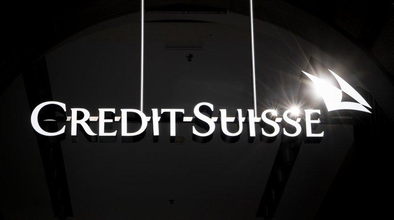 Banques: Crédit Suisse est visé par une enquête de la Finma pour ses filatures
