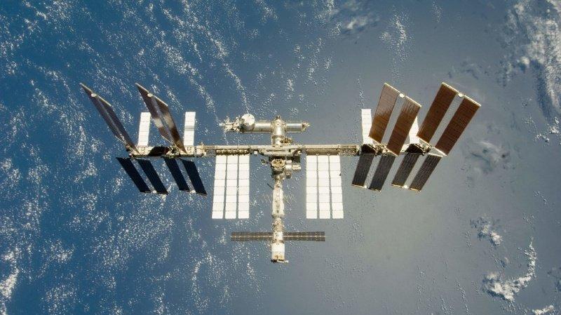 Espace: la station spatiale a manœuvré pour éviter un débris