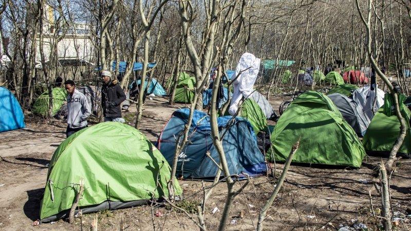 France: gouvernement et associations s'opposent sur la situation des migrants à Calais