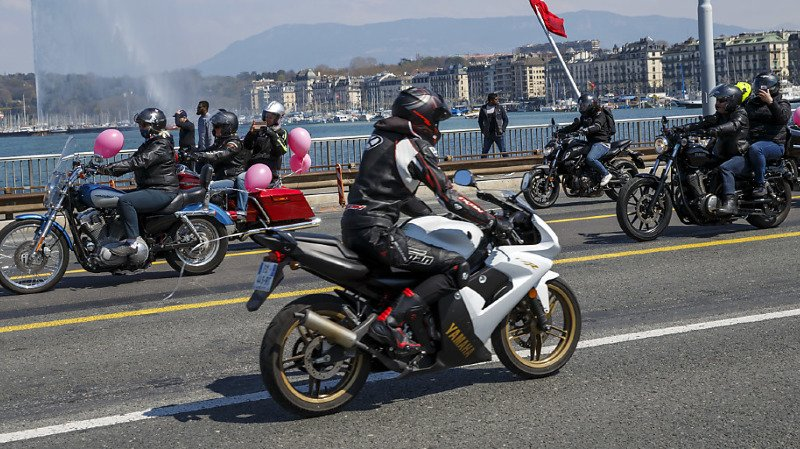 Mobilité: les ventes de motos et scooters ont cartonné cet été