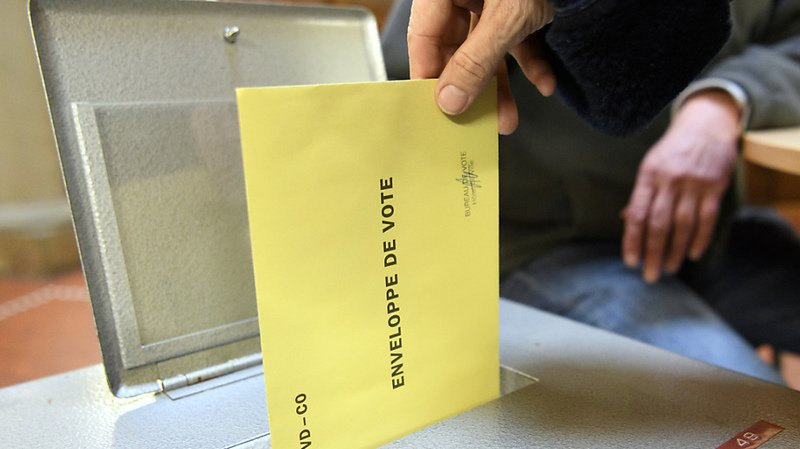 Les jeunes devraient pouvoir voter au niveau fédéral dès 16 ans (illustration).