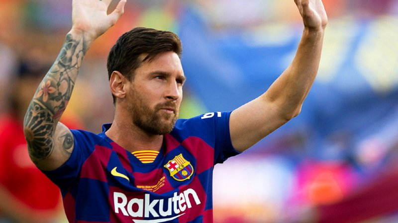 Football: Lionel Messi annonce qu'il reste à Barcelone