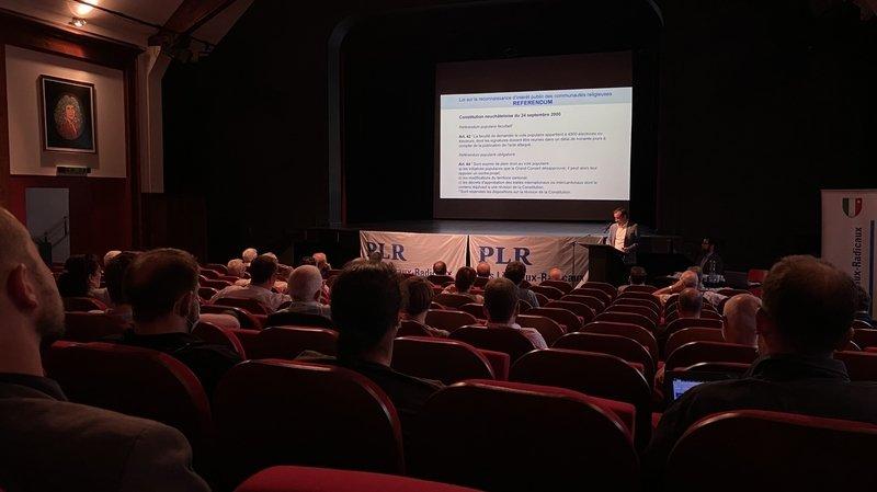 Les Neuchâtelois débattront des religions grâce au PLR et à l'UDC