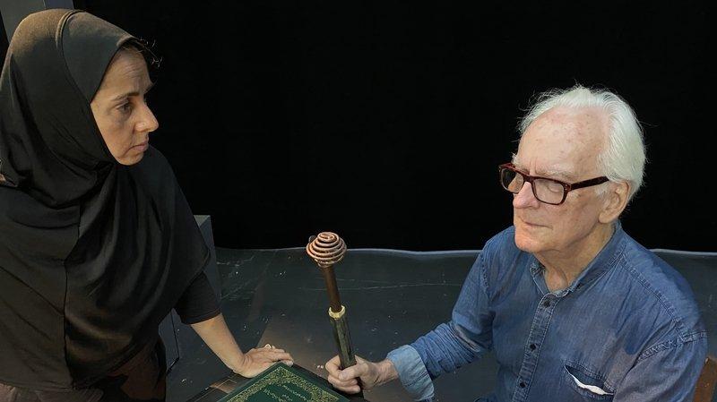 Gaëlle Méchaly et Philippe Huttenlocher, qui n'a pas encore revêtu son habit de Grand Mollah.