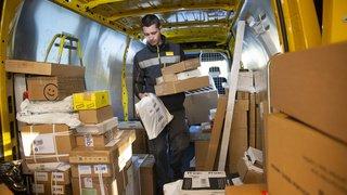 Courrier: la Poste devra désormais livrer toutes les maisons habitées
