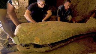 Egypte: 14 nouveaux sarcophages découverts à Saqqara