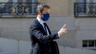 Coronavirus: la France impose de nouvelles restrictions, comme la fermeture des bars à Marseille